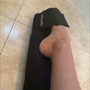Superior Arch Adjustable Foot Stretcher